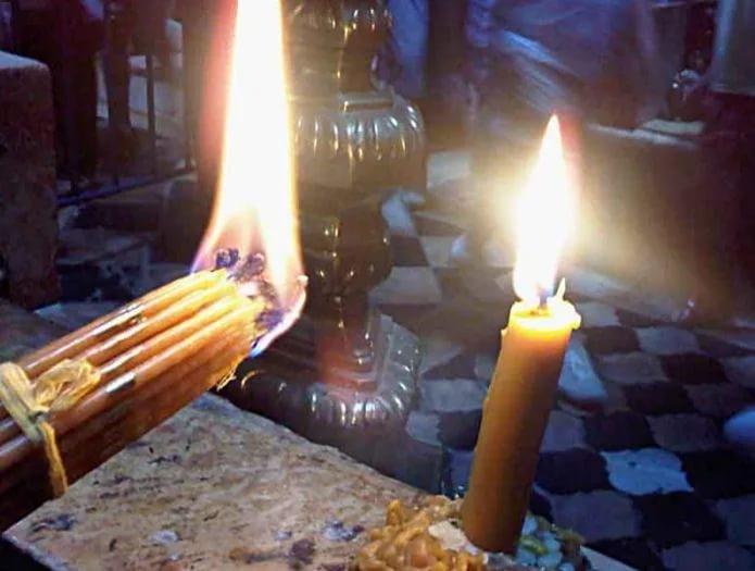 как зажигать свечи из Иерусалима
